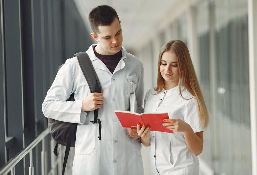 Como prepararse para la carrera de medicina
